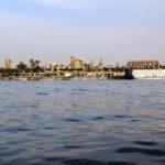 Blick vom Nil auf Luxor